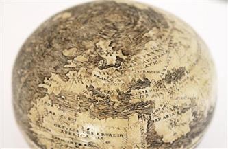 """هل رسمها دافينشي قبل 500 عام؟.. اكتشاف خارطة للعالم الجديد منقوشة على """"بيضة نعام"""""""