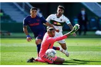 """""""بوردو"""" يستعيد انتصاراته في الدوري الفرنسي على حساب رين"""