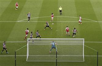 أرسنال يفوز على نيوكاسل بثنائية النني وأوباميانج في الدوري الإنجليزي