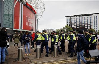 رابطة الدوري الإنجليزي تكشف أسباب تأجيل مباراة مانشستر يونايتد وليفربول
