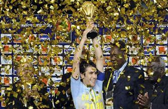 رئيس «فيفا» يهنئ أحمد حسن عميد لاعبي العالم بعيد ميلاده