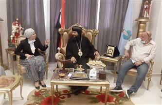 رئيسة مدينة سفاجا تترأس وفدا لتهنئة أسقف البحر الأحمر بعيد القيامة المجيد | صور