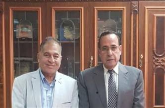 محافظ شمال سيناء يستقبل أمين «الشعب الجمهوري» ويستعرض معه خطة تنمية أرض الفيروز