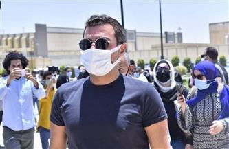 «حماقي والفيشاوي وريهام حجاج» في وداع سمير غانم