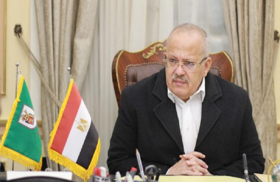 رئيس جامعة القاهرة لن يُسمح بدخول الحرم الجامعي والكليات إلا لمن تلقوا اللقاح