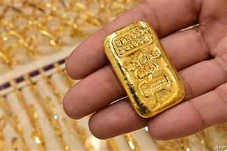 موعد انخفاض أسعار الذهب وأسباب ارتفاعه.. الغرفة التجارية تجيب | فيديو