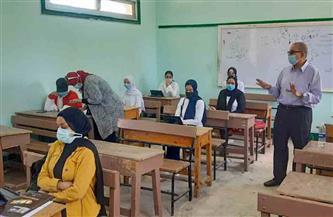 وكيل تعليم بورسعيد يتفقد الامتحان التجريبي للثانوية العامة   صور