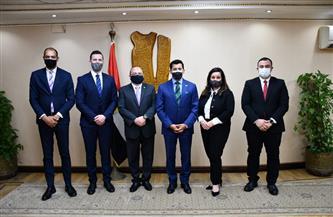 وزير الرياضة يبحث مع وفد الاتحاد الدولي للتيك بول إشهار اتحاد مصري للعبة |صور