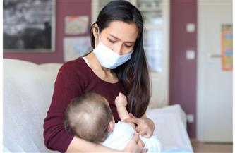 أهمها ارتداء الكمامة.. نصائح طبية للأمهات لحماية رضيعها من فيروس كورونا