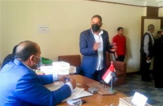 تحليل مخدرات مفاجئ للعاملين برئاسة حي غرب المنصورة   صور