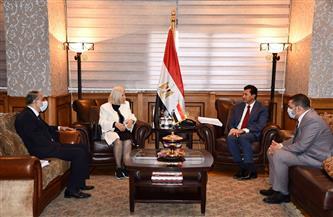وزير الشباب والرياضة يستقبل السفيرة هيفاء أبو غزالة