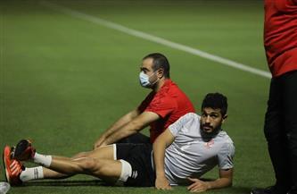 أيمن أشرف يؤدي تدريبات استشفائية منفردة على هامش مران الأهلي
