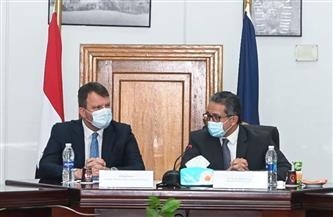 «العناني» يبحث مع وفد صربي سبل تعزيز التعاون وزيادة حركة السياحة الوافدة لمصر