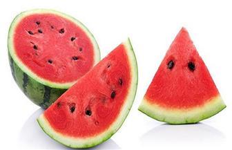 """""""الحجر الزراعي"""" يكشف حقيقة البطيخ المسرطن في الأسواق"""