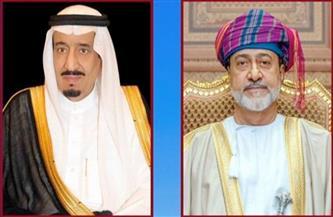 سلطان عُمان وخادم الحرمين الشريفين يبحثان تعزيز التعاون الثنائي
