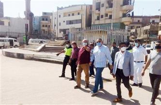 استمرار أعمال الرصف الجارية بشوارع بلبيس وسوق الخميس |صور