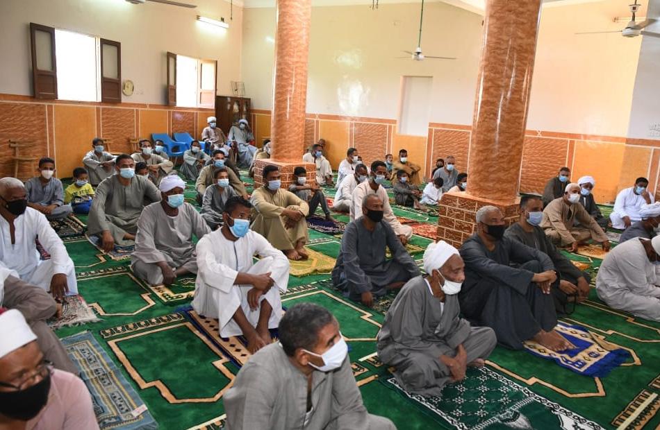 افتتاح مسجدين جديدين بمدينتي إسنا وأرمنت في الأقصر