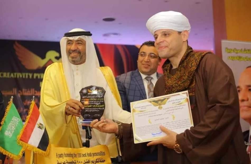 تكريم الشيخ محمود التهامي ضمن المائة الأكثر تأثيرا في الوطن العربي