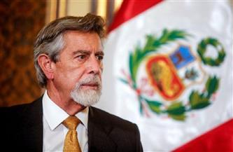 رئيس بيرو المؤقت يتعهد بتأمين الانتخابات عقب مذبحة في وسط البلاد