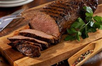 وصفة شهية.. طريقة تحضير قالب اللحم بالزيتون وعين الجمل | فيديو