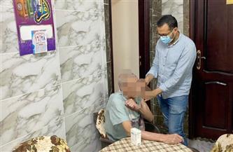 تطعيم كبار السن بدور المسنين في المنصورة وميت غمر بلقاح كورونا   صور