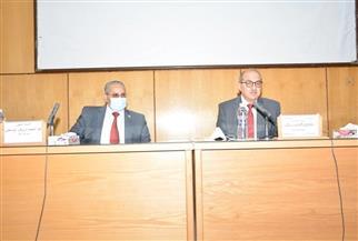 رئيس جامعة أسيوط يترأس اجتماعات المجالس الطارئة لتسع كليات | صور