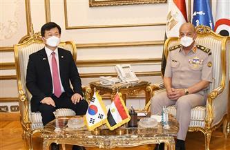 الفريق أول محمد زكي يلتقي وزير برنامج إدارة المشتريات الدفاعية لجمهورية كوريا الجنوبية