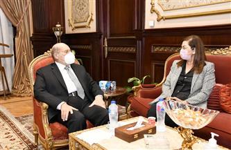 وزيرة التخطيط والتنمية الاقتصادية تلتقي رئيس مجلس الشيوخ