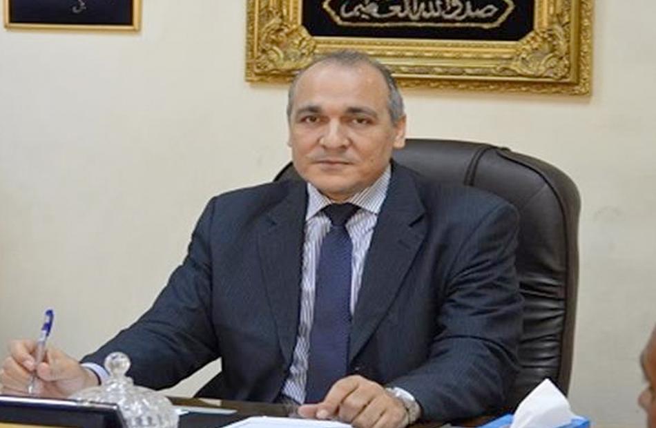 مدير تعليم القاهرة يناقش مع لجنة الحكماء والبحث العلمي استعدادات العام الدراسي