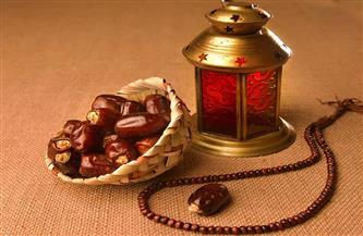 قضية فقهية حكم توزيع شنط رمضان على المحتاجين ؟