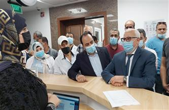 محافظ بورسعيد يوجه بسرعة تطعيم المستهدفين بلقاح كورونا دون انتظار | صور