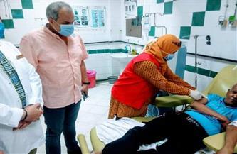 وكيل وزارة الصحة بالبحر الأحمر يشهد فعاليات تطعيم مرضى الغسيل الكلوي بلقاح فيروس كورونا | صور