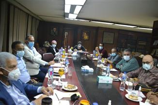 مد مهلة الحجز للمشاركة بمعرض القاهرة الدولي للكتاب فى دورته الـ٥٢ حتى الثلاثاء القادم | صور