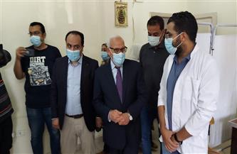 محافظ بورسعيد: انتهاء أزمة انتظار تطعيم كورونا لتصبح 10 دقائق بدلًا من لمدة 8 ساعات | صور