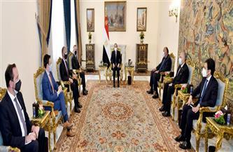 الرئيس السيسي يؤكد حرص مصر على تعزيز التعاون الثنائي مع الولايات المتحدة