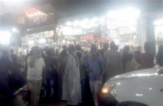 بعد تعدد شكاوى من التكدس.. مجلس مدينة كوم أمبو يشن حملة على شارع بورسعيد