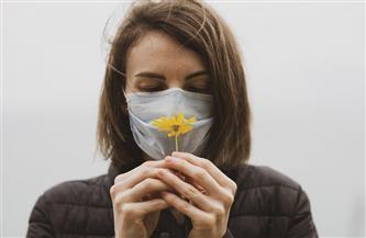 كيف يؤثر فقدان حاستي التذوق والشم على معنوياتك؟