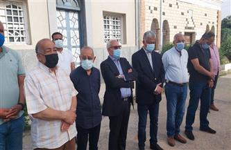 محافظ بورسعيد يشارك في تشييع جثمان الراحل الكابتن مدحت فقوسة | صور