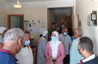 رئيسة مدينة سفاجا تتفقد مجمع عيادات التأمين الصحي |صور