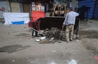 حملة شاملة للنظافة الليلية بشوارع مدينة دسوق بعد غلق المحلات للحفاظ على الصحة العامة | صور