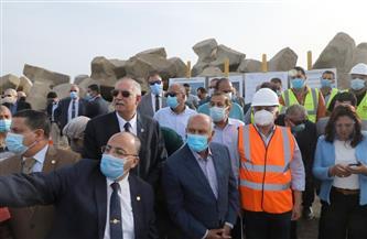 وزير النقل يفتتح نادي هيئة ميناء دمياط الجديد