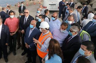"""وزير النقل: قطار كهربائي """"ركاب وبضائع"""" لربط ميناء غرب بورسعيد بميناء أبو قير مروراً بدمياط"""