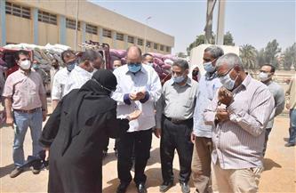 محافظ أسيوط يتفقد صوامع شركة مطاحن مصر الوسطى لمتابعة توريد القمح| صور