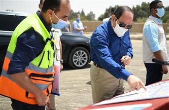 الرئيس السيسي يتفقد محور المستشار عدلي منصور الذي تم إنشاؤه بعرض ١٦ حارة مرورية