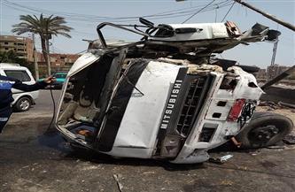 رئاسة مدينة أجا ترفع آثار حادث سيارة على الطريق السريع بالدقهلية |صور