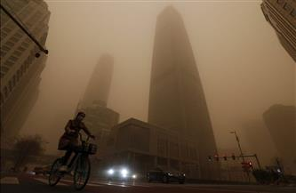 لأول مرة منذ 13 عامًا.. عاصفة من الغبار الأصفر تضرب كوريا الجنوبية والحكومة تحذر سكان العاصمة