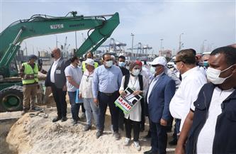 وزير النقل يتفقد مشروع الوصلة الحرة بين ميناء الإسكندرية والطريق الدولي الساحلي
