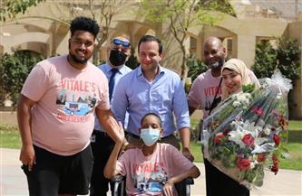 قصة أمريكية حلمت بزيارة مصر للانتصار على السرطان.. و«التنسيقية» تستقبلها | صور