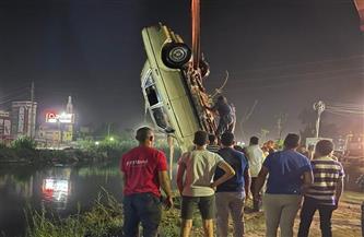 شهامة طالب جامعي تنقذ حياة رجل عجوز سقط بسيارته فى ترعة القاصد بطنطا | صور