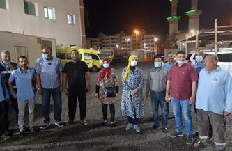 رش وتطهير المستشفى المركزي وشوارع مدينة سفاجا | صور